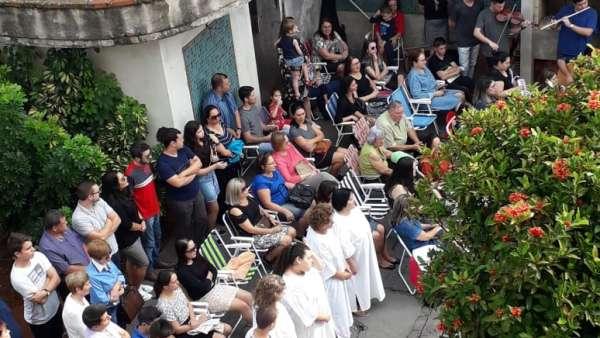 Batismos da Igreja Cristã Maranata - Maio 2019 - galerias/4886/thumbs/18ijui.jpeg