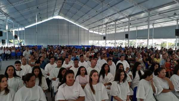Batismos da Igreja Cristã Maranata - Maio 2019 - galerias/4886/thumbs/22linhares.jpg