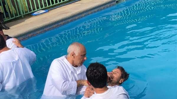Batismo em Santiago, Chile - Missão Internacional Cristã Maranata - galerias/4887/thumbs/05batismo.JPG