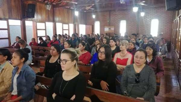 Seminário e EBD em Santa Cruz de la Sierra, Bolívia - galerias/4909/thumbs/02.jpeg