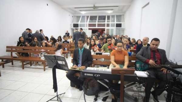 Culto de consagração de um salão em Ponte Nova, MG - galerias/4911/thumbs/04.jpeg