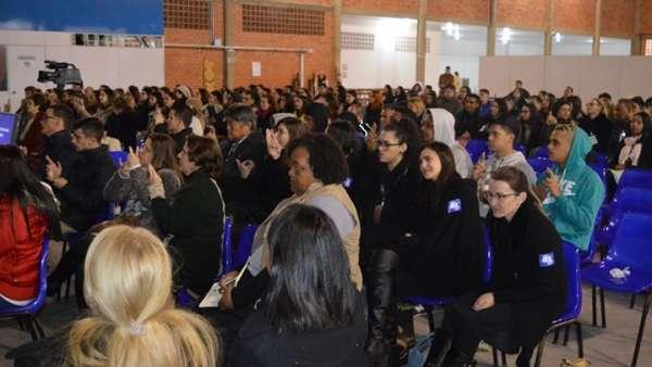 Seminário voltado para surdos e surdocegos em Curitiba, PR - galerias/4921/thumbs/04.jpg
