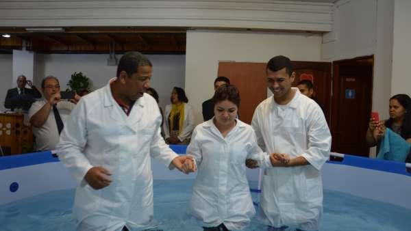 Culto de Batismo em Roma, Itália - galerias/4922/thumbs/06.jpeg