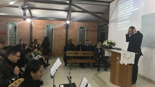 Igreja Cristã Maranata de Guarapiranga, em Ponte Nova, MG, completa 01 ano - galerias/4924/thumbs/05.jpeg