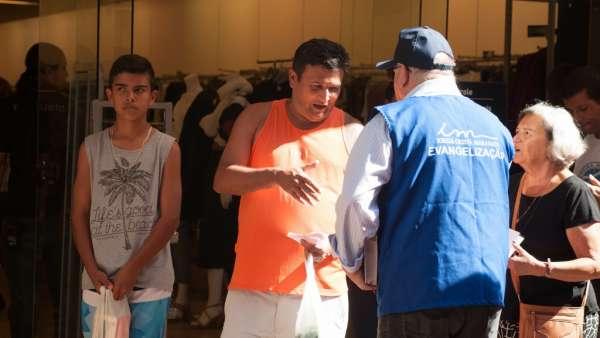 Trabalho de evangelização em São José dos Campos, SP - galerias/4925/thumbs/formatfactory14.jpg