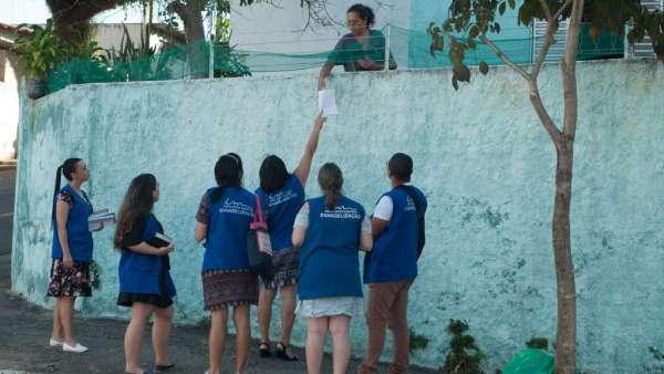 Trabalho de evangelização em São José dos Campos, SP - galerias/4925/thumbs/formatfactory37.jpg