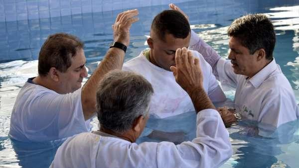 Batismos realizados no mês de junho de 2019 - galerias/4926/thumbs/63.jpg
