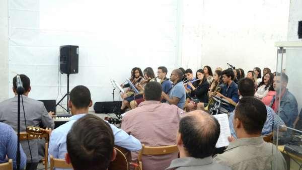 Vigília e Consagração do Maanaim de Lisboa, em Portugal - galerias/4936/thumbs/formatfactory12.jpg