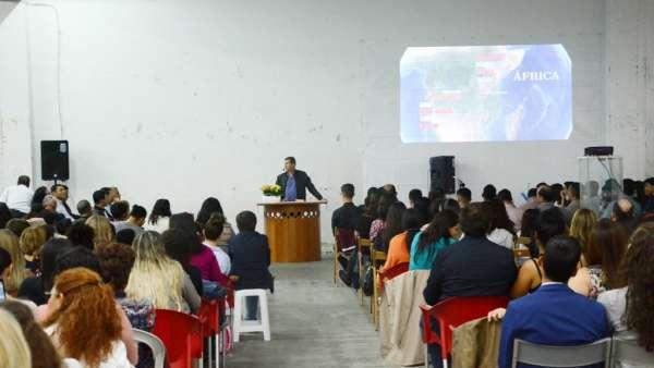 Vigília e Consagração do Maanaim de Lisboa, em Portugal - galerias/4936/thumbs/formatfactory25.jpg