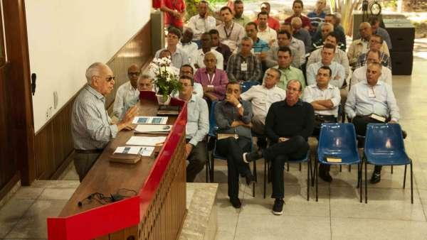 Seminário no Maanaim de Governador Valadares, Minas Gerais - galerias/4944/thumbs/09.jpg