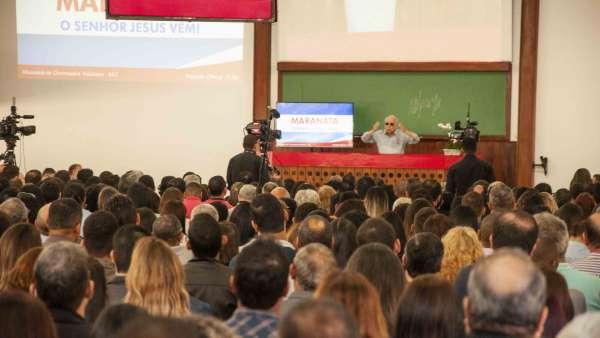 Seminário no Maanaim de Governador Valadares, Minas Gerais - galerias/4944/thumbs/12.jpg