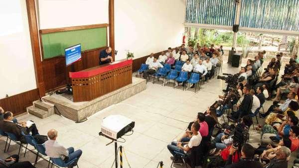 Seminário no Maanaim de Governador Valadares, Minas Gerais - galerias/4944/thumbs/15.jpg