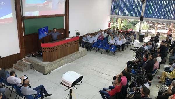 Seminário no Maanaim de Governador Valadares, Minas Gerais - galerias/4944/thumbs/23.JPG