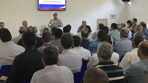 Seminário no Maanaim de Governador Valadares, Minas Gerais - galerias/4944/thumbs/37.JPG