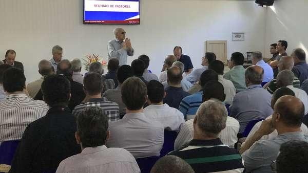 Seminário no Maanaim de Governador Valadares, Minas Gerais - galerias/4944/thumbs/39.JPG