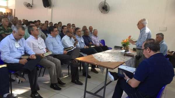 Seminário no Maanaim de Governador Valadares, Minas Gerais - galerias/4944/thumbs/45.jpeg