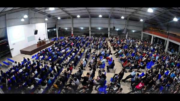 Culto de glorificação pelos 40 anos da ICM em Cachoeiro, ES - galerias/4949/thumbs/01.jpeg