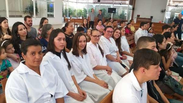 Batismos - julho 2019 - galerias/4964/thumbs/11-caratinga1.jpg