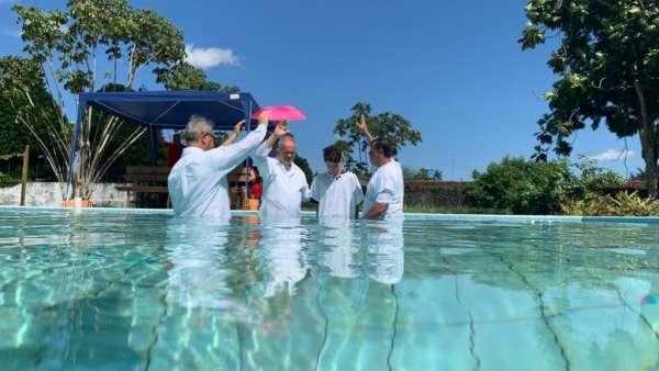 Batismos - julho 2019 - galerias/4964/thumbs/26-belemii3.jpeg