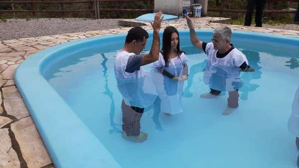 Batismos - julho 2019 - galerias/4964/thumbs/49-florianopolis3.jpg