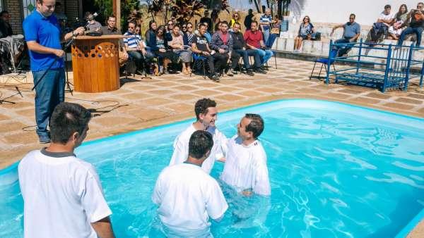 Batismos - julho 2019 - galerias/4964/thumbs/59.jpg