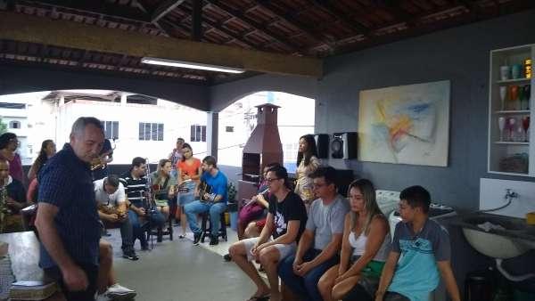Visitas dos jovens da ICM Bela Aurora II, Cariacica - galerias/4968/thumbs/01.jpg