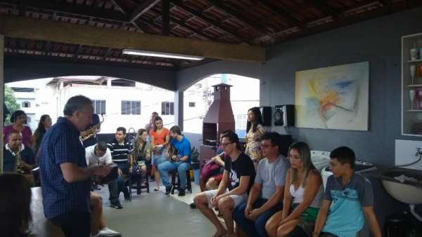 Visitas dos jovens da ICM Bela Aurora II, Cariacica - galerias/4968/thumbs/07.jpg