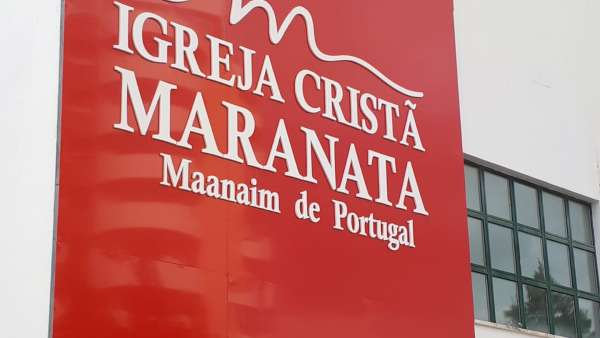 Consagração ICM Maanaim de Portugal - galerias/4972/thumbs/04.jpeg