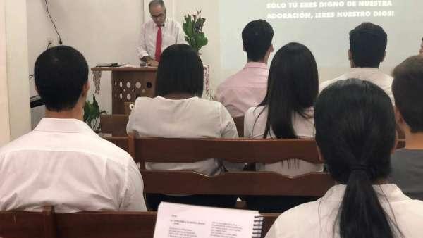 Evangelização em Ciudad del Este, Paraguai - galerias/4974/thumbs/10.jpg