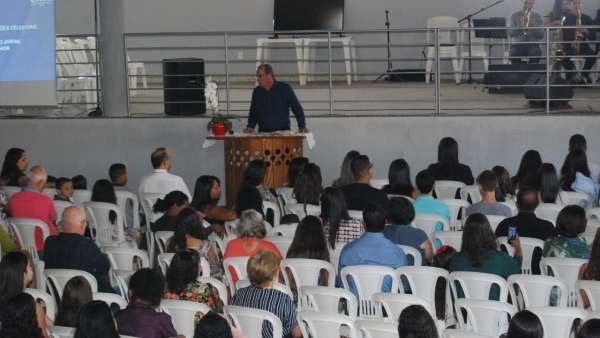 Seminários e cultos especiais em Ibatiba (ES) e Mutum (MG) - galerias/4975/thumbs/07-mutum.jpeg