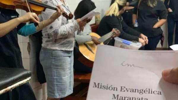 Assistência espiritual em Hospital do Paraguai - galerias/4978/thumbs/14.jpg