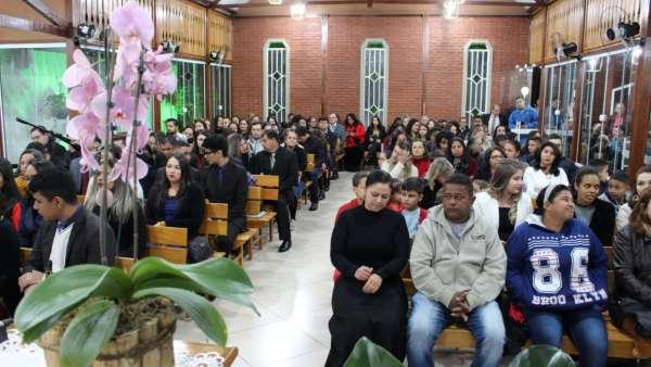 Consagração de Igrejas Cristã Maranata no Brasil - galerias/4982/thumbs/02.jpeg