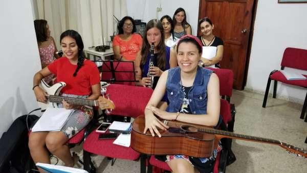 Assistência da Igreja Cristã Maranata na República Dominicana - galerias/4983/thumbs/05.jpeg