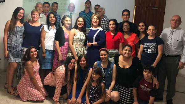 Assistência da Igreja Cristã Maranata na República Dominicana - galerias/4983/thumbs/07.jpeg