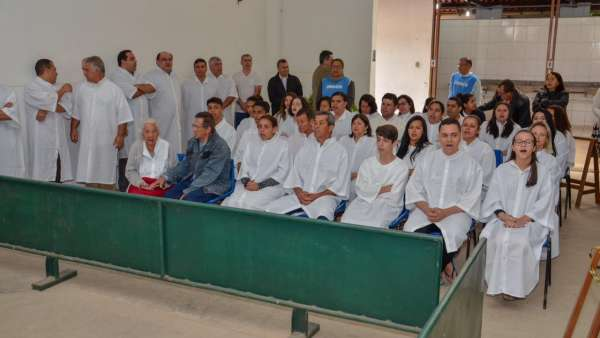 Batismos - Agosto 2019 - galerias/4990/thumbs/17.jpg