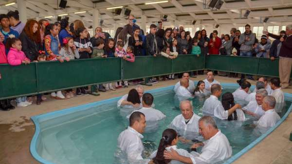 Batismos - Agosto 2019 - galerias/4990/thumbs/20.jpg