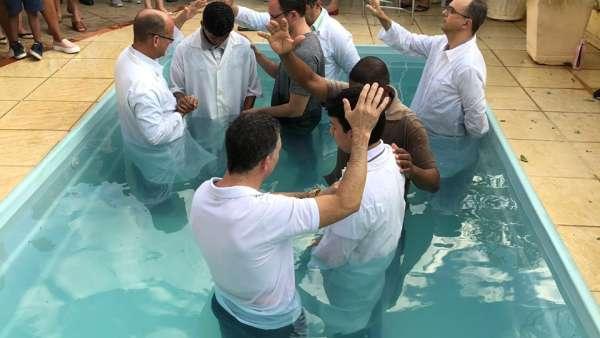 Batismos - Agosto 2019 - galerias/4990/thumbs/50.jpg