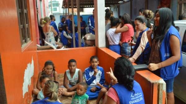 Programação Evangelística em Macaé - RJ - galerias/4998/thumbs/16.jpg
