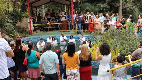 Batismos pelo Brasil: setembro 2019 - galerias/5007/thumbs/18.jpg