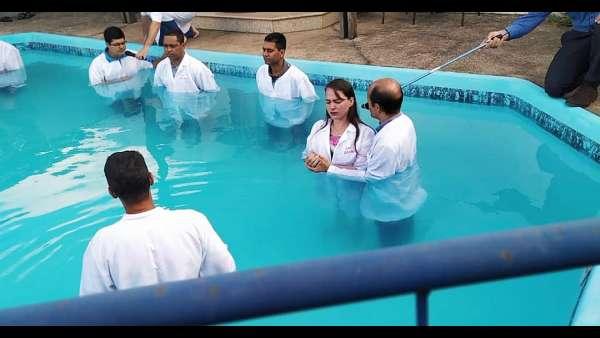 Batismos - Outubro de 2019 - galerias/5028/thumbs/04.jpeg