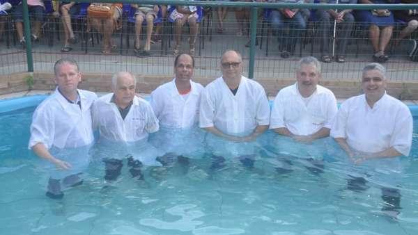 Batismos - Outubro de 2019 - galerias/5028/thumbs/09.jpeg