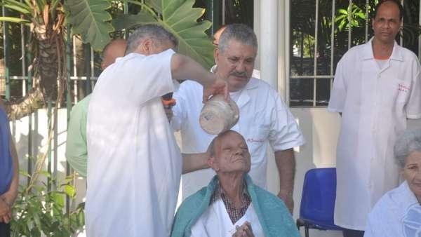 Batismos - Outubro de 2019 - galerias/5028/thumbs/10.jpeg