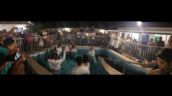 Batismos - Outubro de 2019 - galerias/5028/thumbs/24.jpg