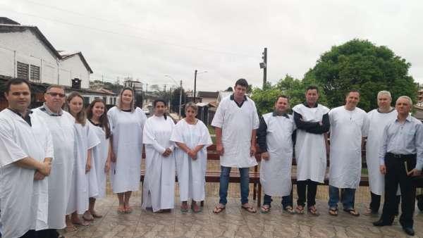 Batismos - Outubro de 2019 - galerias/5028/thumbs/34.jpeg