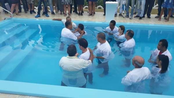 Batismos - Outubro de 2019 - galerias/5028/thumbs/47.jpeg