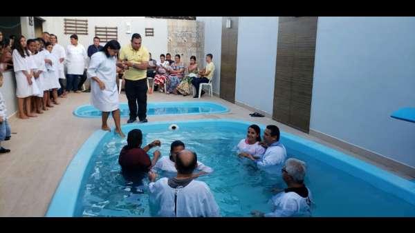 Batismos - Outubro de 2019 - galerias/5028/thumbs/53.jpg