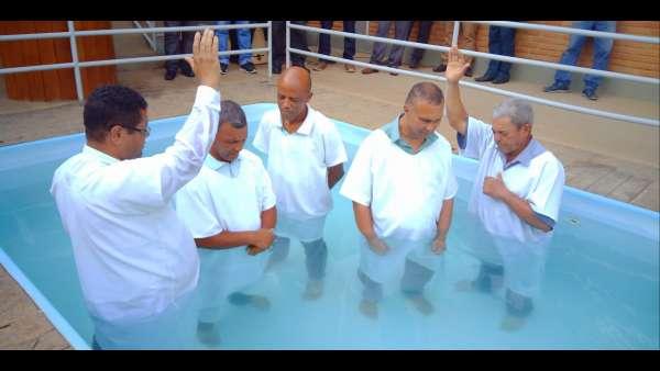 Batismos - Outubro de 2019 - galerias/5028/thumbs/58.jpg
