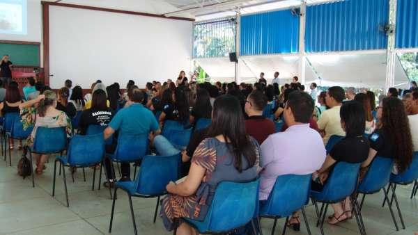 Seminário de Libras em Governador Valadares e Oficina de Libras em Queimados, RJ - galerias/5030/thumbs/04.jpeg