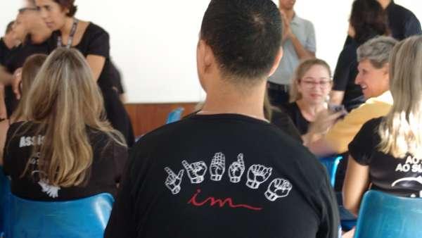 Seminário de Libras em Governador Valadares e Oficina de Libras em Queimados, RJ - galerias/5030/thumbs/06.jpeg