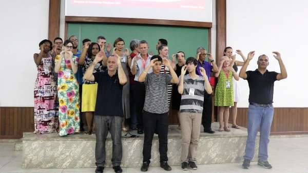 Seminário de Libras em Governador Valadares e Oficina de Libras em Queimados, RJ - galerias/5030/thumbs/08.jpeg